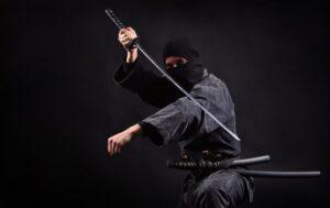 Ninja con katana